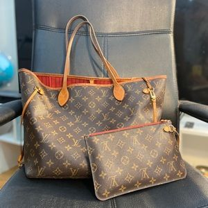 Louis Vuitton neverful bag with clutch